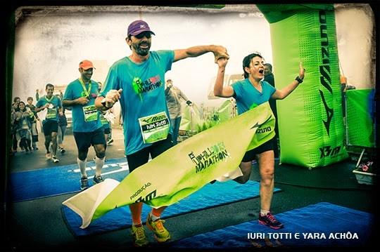 Chegada da Mizuno Uphill Marathon 2013, com Yara Achôa