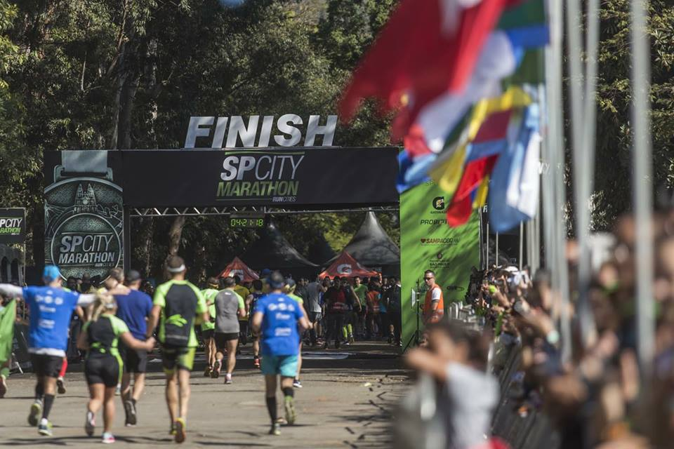 Portal de chegada da SP City Marathon no Jockey Club. Foto de divulgação