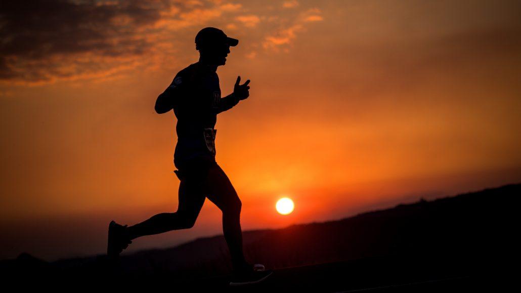 Corredor na Serra do Rio do Rastro durante a Uphill Marathon. Fotos de Rômulo Cruz, Marcelo Maragni, Wladimir Togumi/Divulgação