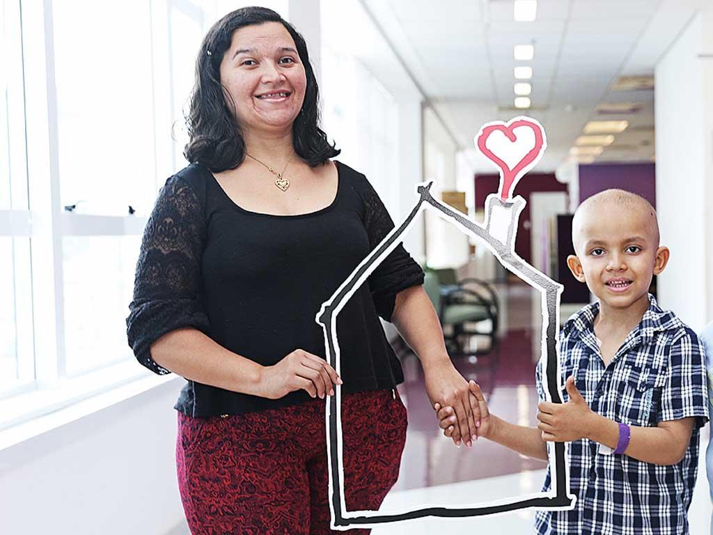William e sua mãe, Edicleide da Silva, tiveram apoio dos programas apoiados pelo Instituto Ronald McDonald