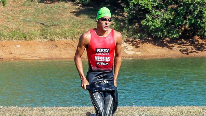 Classificado para as Olimpíadas de Tóquio-2020, Manoel Messias disputa o Triathlon Internacional de Santos. (Divulgação)